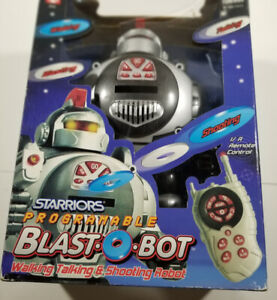 Starriors Programmable Blast O Robot Walking Talking Robot 2004