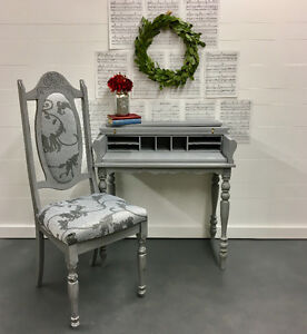 Vintage 1920's Writing Desk and Chair