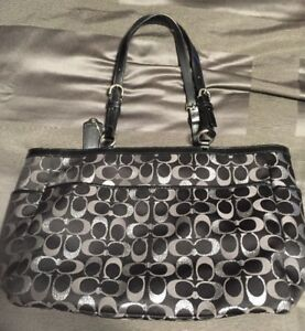 Coach Shoulder Bag/Diaper Bag