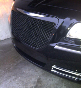 2011-2017 Chrysler 300 Blackout Grill