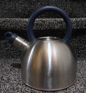 Ikea stainless steel water kettle brand new London Ontario image 2