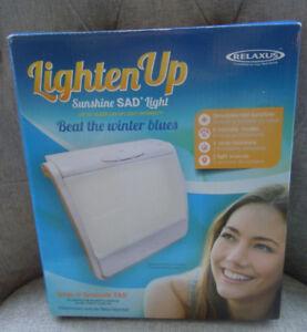 New RELAXUS Lighten Up Light Therapy Box Sunshine SAD Light