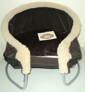 Posh Plush Pet Bed for Small Dog or Cat  (NEW with Tags)