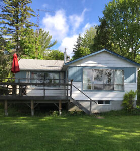 Lakefront Cottage Mitchell Lake on Trent-Severn Waterway