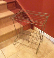 Record Vintage wire stand