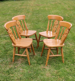 Pine chairs x4 fiddle back