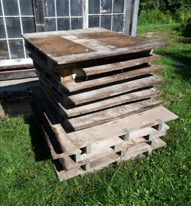 3/4 inch plywood sheets on pallets