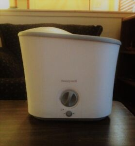 Humidifier and vaporizer
