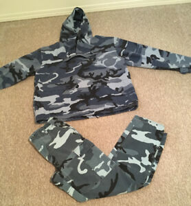 Blue Camouflage Print Outfit