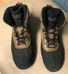 Columbia Men's size 12 boots - used