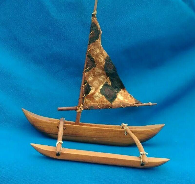 Hawaiian Sailing Outrigger Canoe Toy