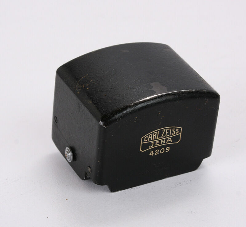 ZEISS PRISM FINDER FOR EXAKTA WITH FIXED WAIST LEVEL FINDER/216552