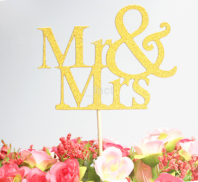 Mr & Mrs Bride Groom Cake Topper Wedding Engagement Party Top Decoration CA