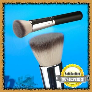 Coastal-Scents-Bionic-Flat-Top-Buffer-Foundation-Brush