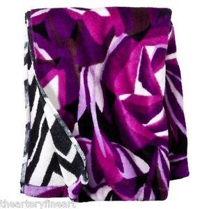 missoni x target purple passione floral bath towel reverse b w zig zag