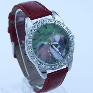 # 417 – Montre-bracelet , Petit Chien, bracelet en cuir
