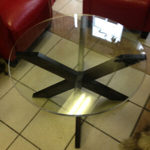 2 Glasses Coffee Table for sale