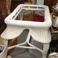 MOVING==>WHITE WICKER GLASS TOP TABLE