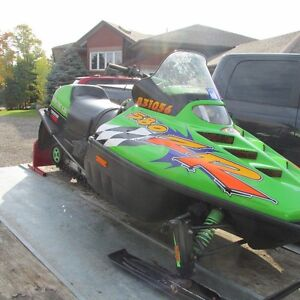 1997 Arctic Cat ZR 580EFI GREAT SHAPE MUST GO!!!