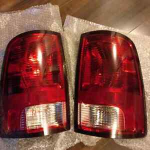 2012 Dodge 3500 Factory Tailights