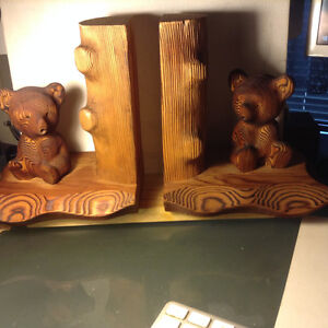Vintage Kadian Crafts Wood Bear Climbing Tree Bookend Canada