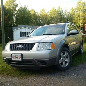 2007 Ford FreeStyle/Taurus X SEL SUV, Crossover