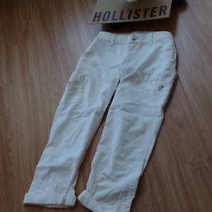 *NWT* HOLLISTER Bettys pants size 7 size : 7 each one for $20 NE