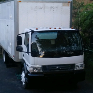 Ford LCF cube 20 pieds