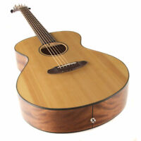 Breedlove Discovery Concert Acoustic Guitar - NEW