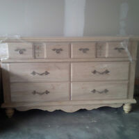 NEW PRICE!! BEAUTIFUL DRESSER, TWIN BED FRAME & MIRROR