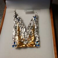 Erte Art Deco Pins - An elegant gift for a loved one - Anytime!