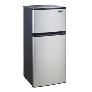 Mini Fridge with spacious freezer