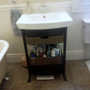 Kohler Bathroom Fixtures & Claw Foot Tub For Sale