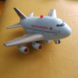 AIR CANADA 747 Fun Toy Pull Back Airplane with Lights + sound