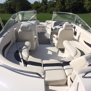 2007 Vectra 25.7 Deck Boat like new condition