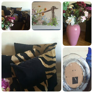 All for $29 Decor lots of flowers , vase ,three Decorative Pillo Kitchener / Waterloo Kitchener Area image 1