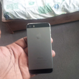 iPhone 5S good condition unlocked