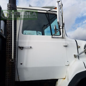 1986 Ford LTS9000 Cab