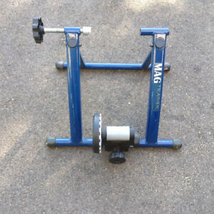MAG Trainer / for use with bicycle