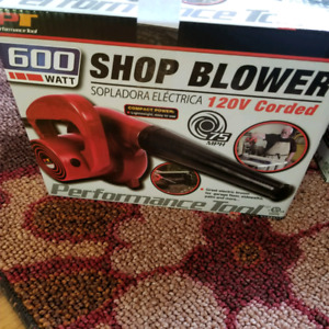 Shop blower 600w New in box.