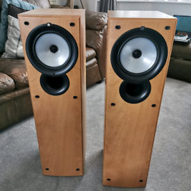 Kef Q35.2 floor standing speakers