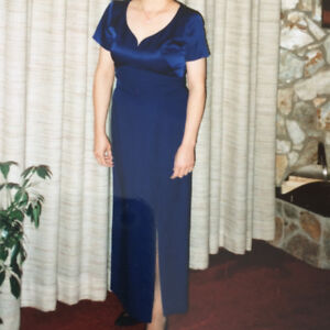 Ladies Classic Formal Gown