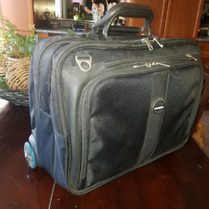 Kensington laptop bag on wheels