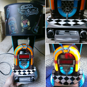 Jukebox Lamp/Clock Radio
