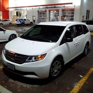 2011 Honda Odyssey - LX - Minivan, Van