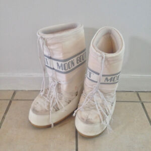 Moon Boots White/Blanches 42-44