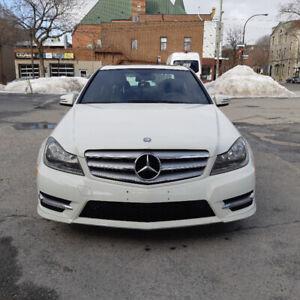 Mercedes C250 2012 à vendre. Particulier, donc pas de TPS.