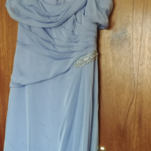 NEW Full length Prom or Wedding size 18/20
