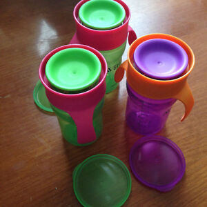Avent natural drinking sippy cup with lids
