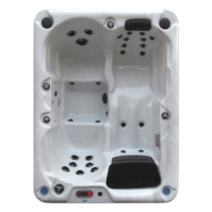 Quebec 29 Jet 3 Person Spa PLUG & PLAY DEMO